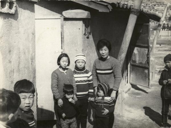 4. 노의영 제공 / 1971년경 / 행당동 집앞